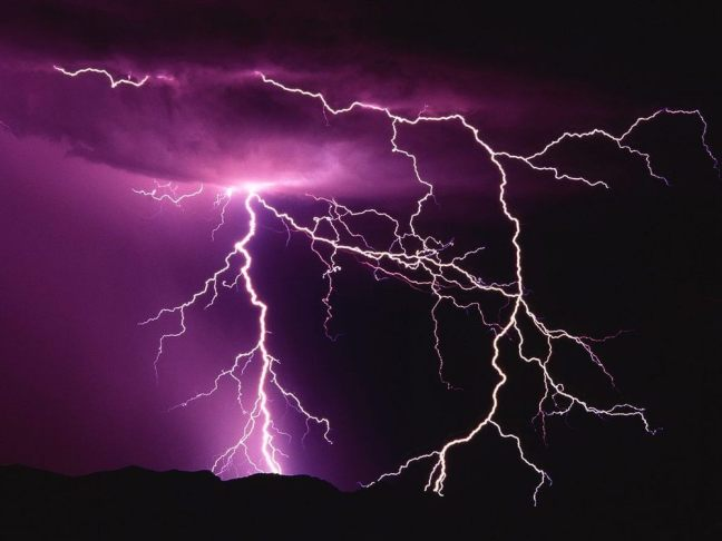 By Shannon Randol  intern contributor  American Red Cross Bajen hacia abajo  para leer el art culo en Espa ol Don t you hate it when a storm rolls in  and  When the Thunder Rolls   the Lightning Strikes   Red Alert   Red  . Red Alert Lightning Storm. Home Design Ideas